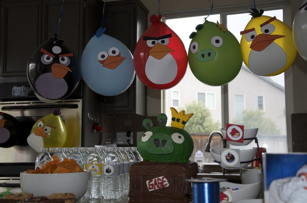 angry bird balloons with printable