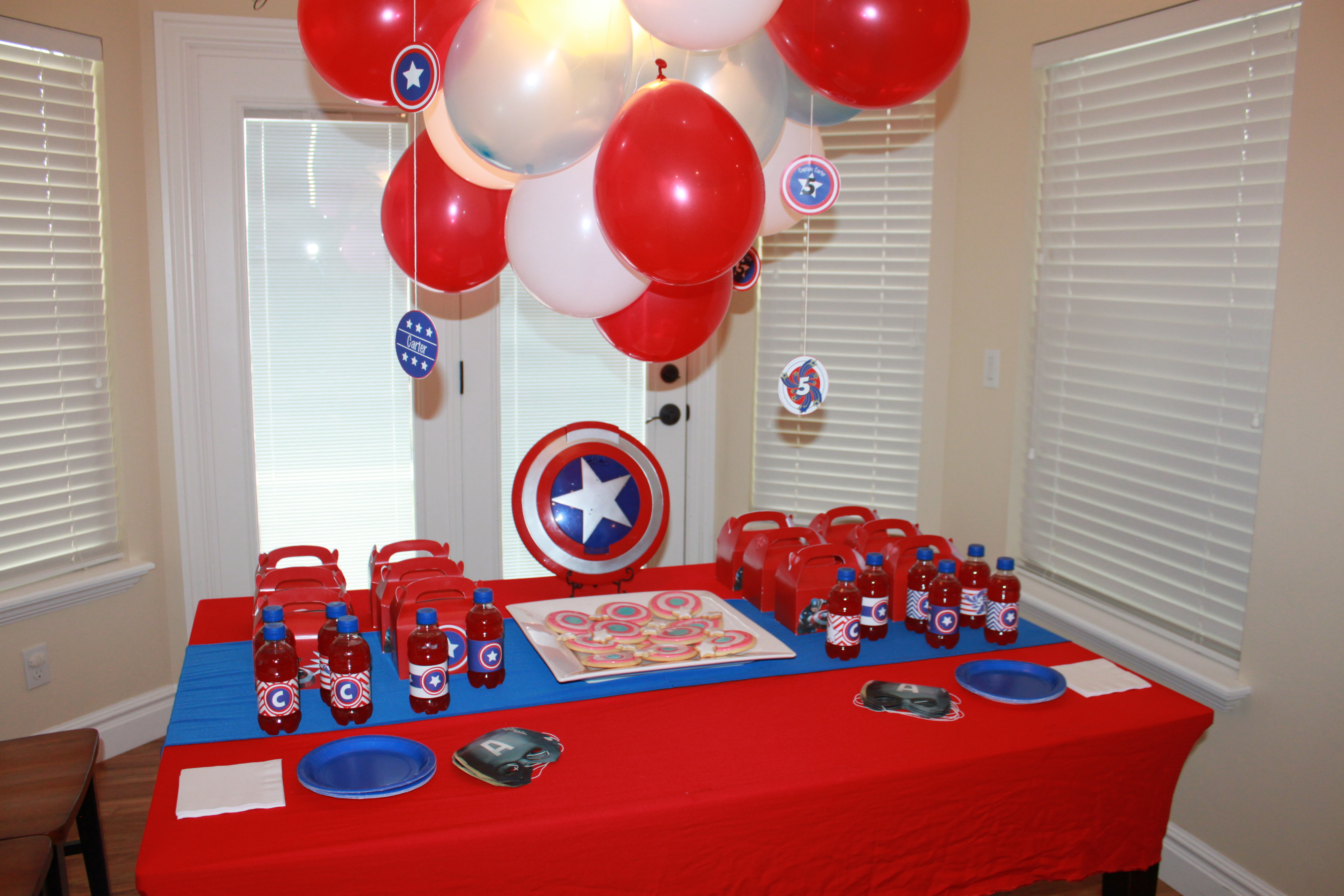 captain america themed birthday party events to celebrate. Black Bedroom Furniture Sets. Home Design Ideas