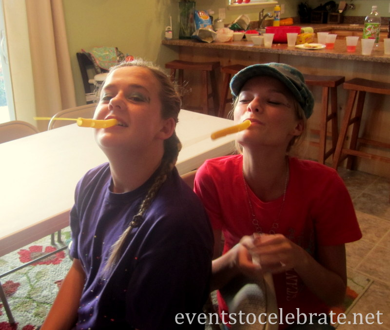 Minute To Win It -  Tube Pasta