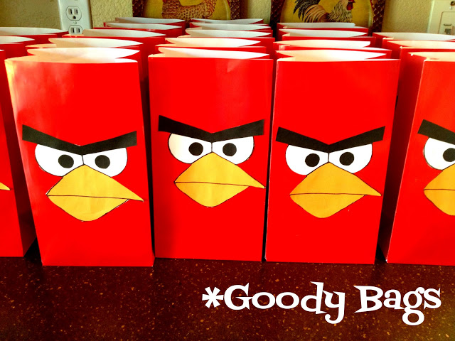 Angry birds birthday party events to celebrate for Angry bird birthday decoration ideas