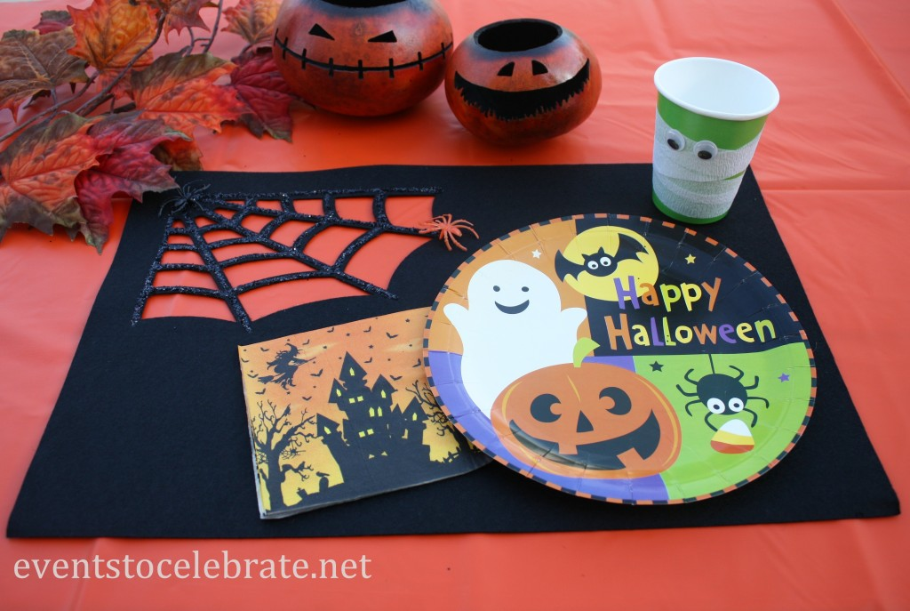 Spider Web Felt Placemat