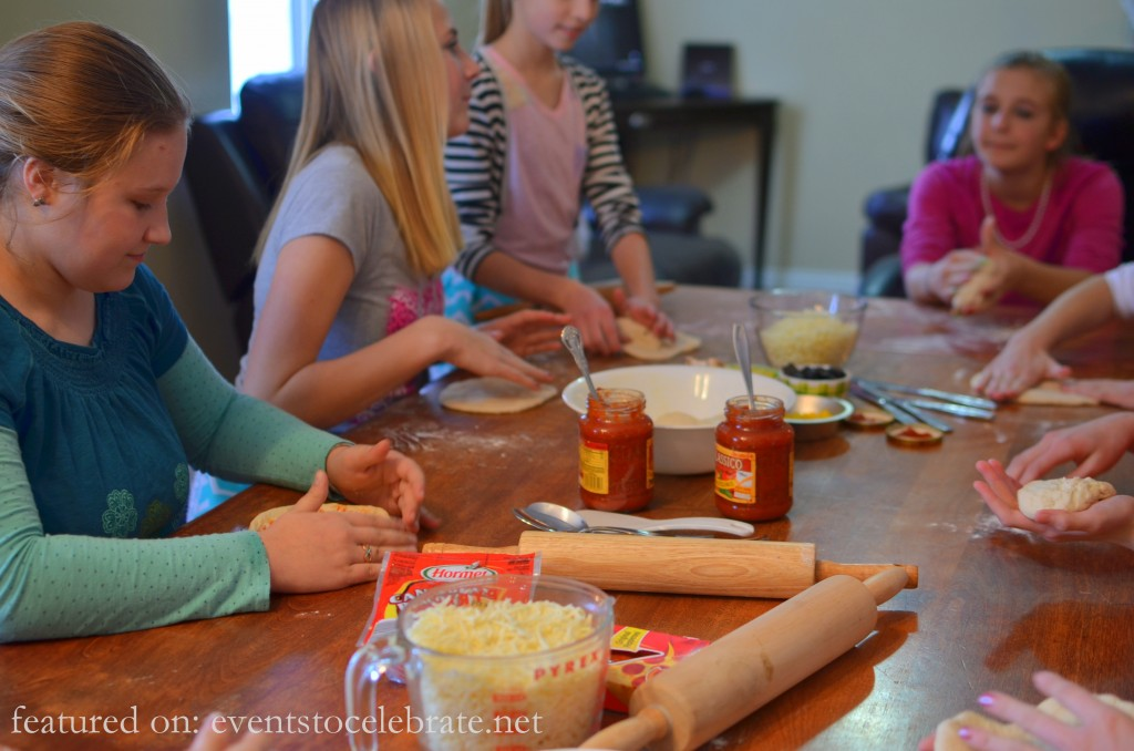 Baking Birthday Party - Make Pizza's - events to CELEBRATE!