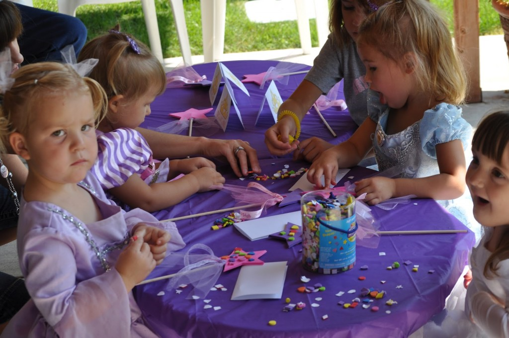 Princess Birthday Party Magic Wand Decorating