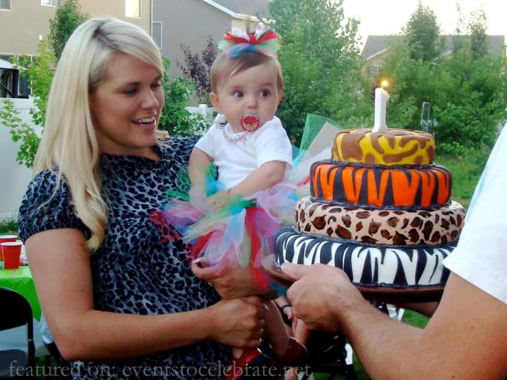 Aminal Print Cake