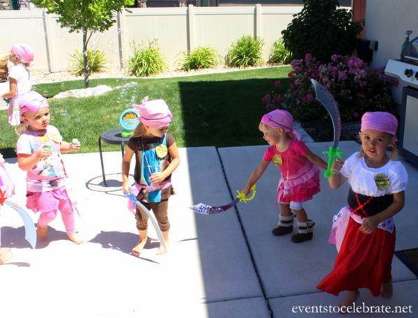 Pirate Party Bubble Dance