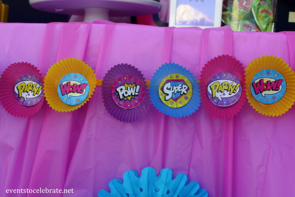 Super Hero Girl Birthday Party: Decorations and Food