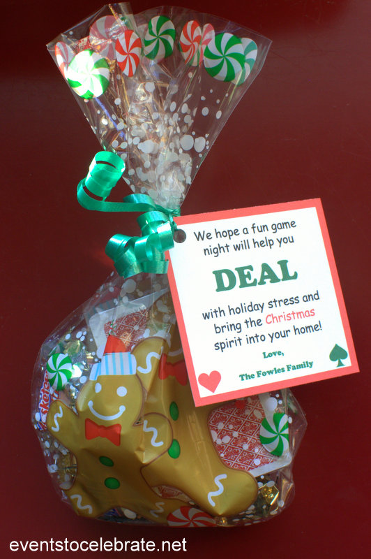 Easy Neighbor Christmas Gift Idea - free gift tag