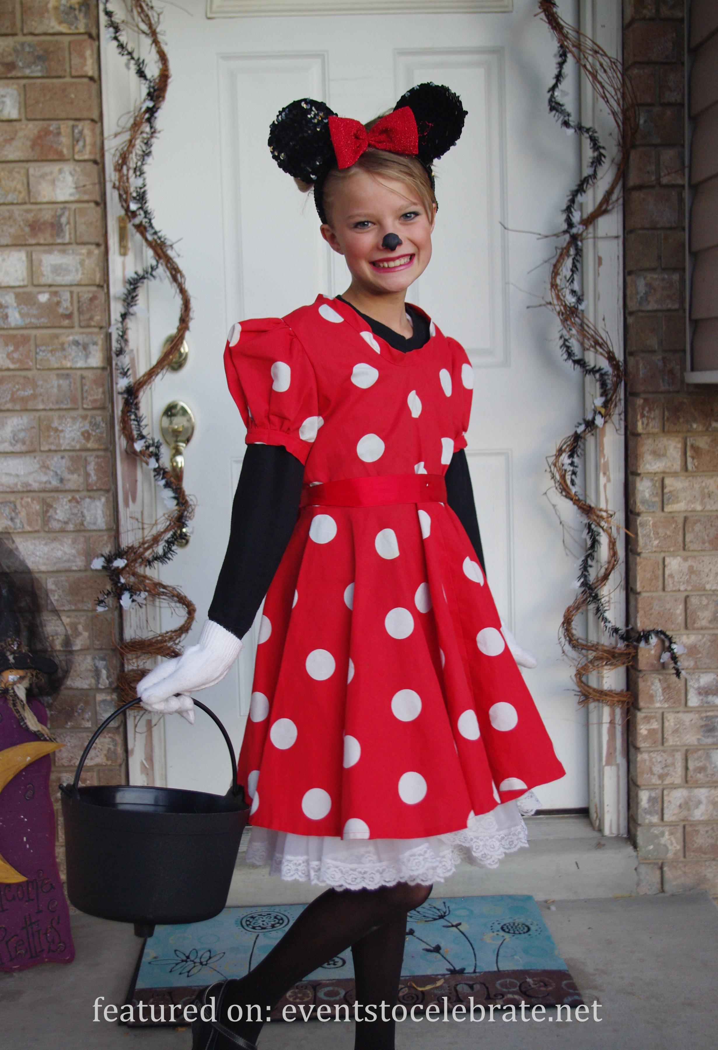 diy halloween costumes events to celebrate. Black Bedroom Furniture Sets. Home Design Ideas